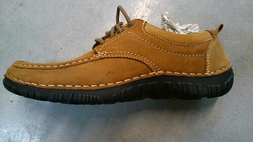 067ea9652e8 Kompletní specifikace · Související zboží · Novinky · Komentáře (0).  902-14. Luxusní pánská kožená obuv ve vel. 41-46